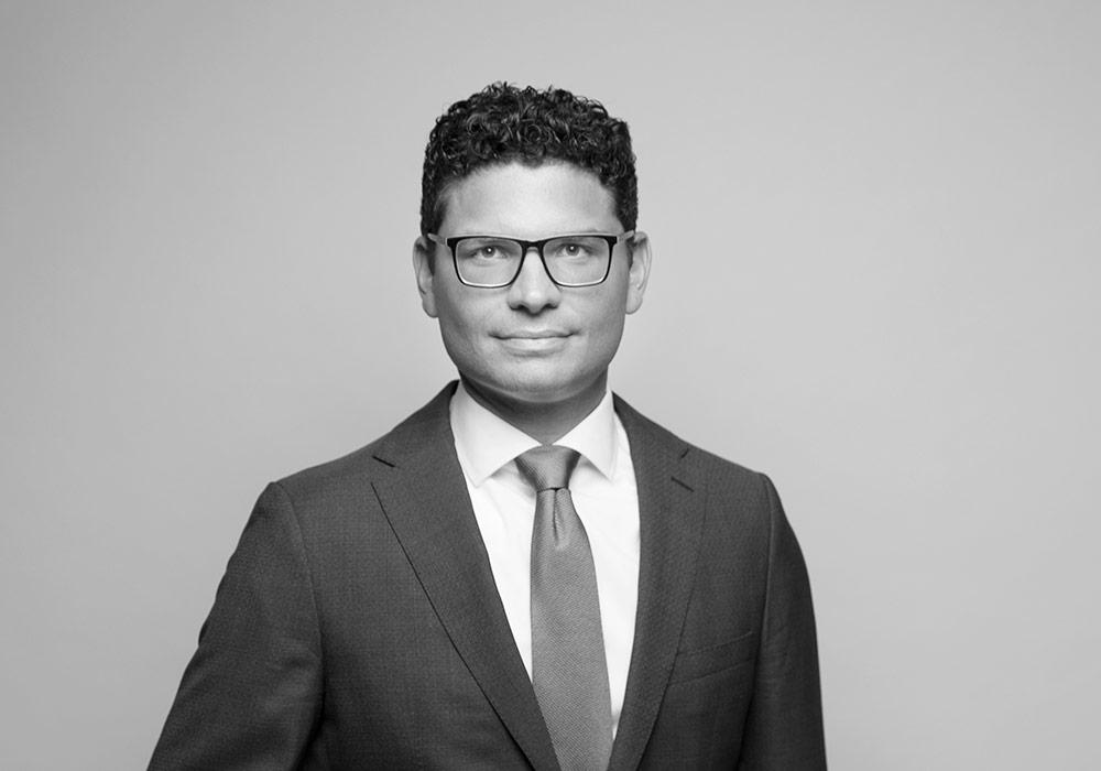 Dr. Matthias Sattler