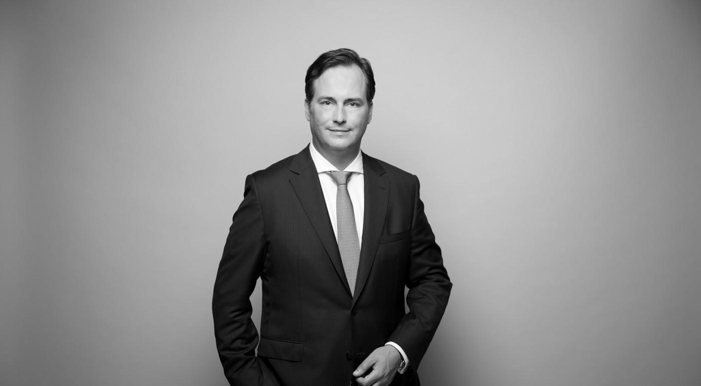 Dr. Thomas Nitschke